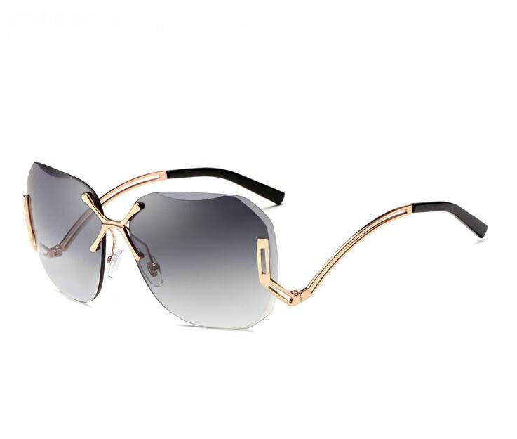 Nova Marca de Moda Unissex oversized Revestimento Óculos de Sol Óculos de  Lente de Condução Rodada 2fde857daf