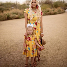 Kaguster Mother daughter dresses short Sleeve Floral Medium Dress Mum and clothes Mom dress Family Clothes