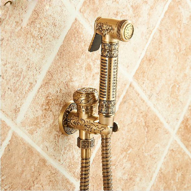 Wholesale And Retail Antique Brass Flower Carved Bathroom Bidet Faucet Flower Carved Solid Brass Toilet Clearing Hand Shower цена