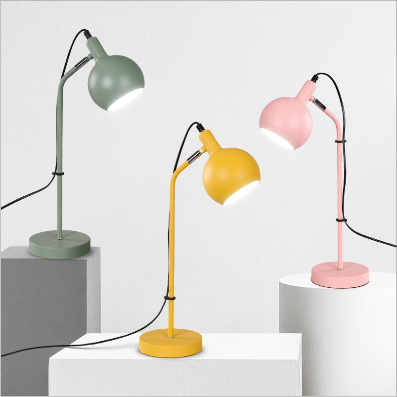 Simple Modern pink/yellow/blue/green Iron table lamps bedroom bedside kid's room H50cm EU/US on/off plug E27 led iron desk lamps розетка iron off 30