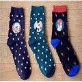 2015 nuevo invierno de la marca al por mayor Harajuku lindo algodón de la historieta ocasional calcetines de navidad mujeres femme chaussette calcetines hombre