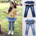 2017 Moda Verão Crianças Calças de Brim Meninas Com Babados Denim Calças Roupas de Verão para Crianças calças de Brim Meninas Roupas Bonito