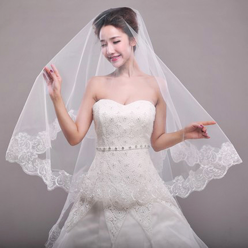 Fashion 1.5M Lace Edge Short Wedding Veil With Comb One Layers Tulle Bridal Veil Cheap Wedding Accessories