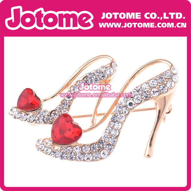 Rhinestone Shoes wit Red Heart Crystal Gold Stone Brooch Pin Rhinestone  Crystal d9e3264e9697