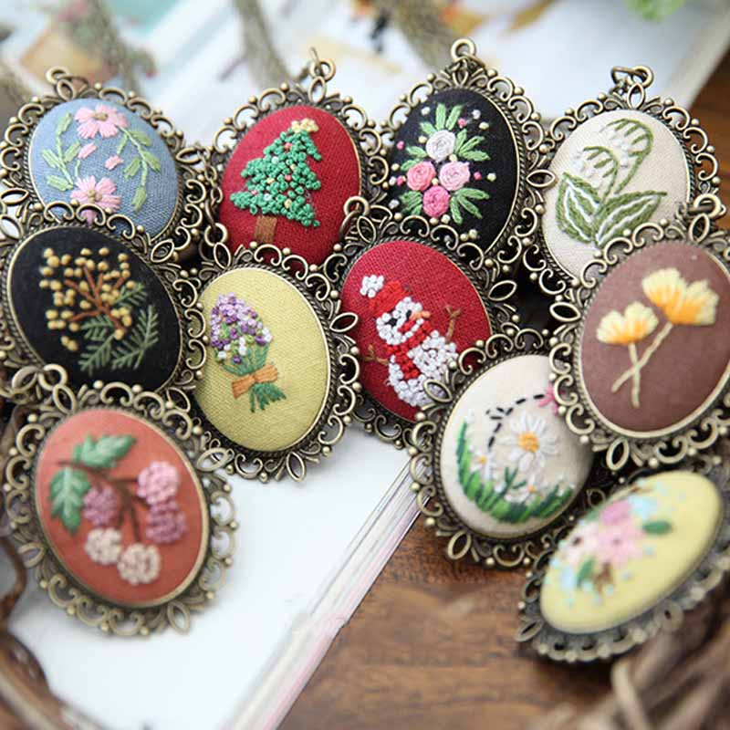DIY Necklace Embroidery Kits Needlework Flower Cross Stitch Sets Embroidery Sets With Hoop Swing Handmade Craft Creative Gift