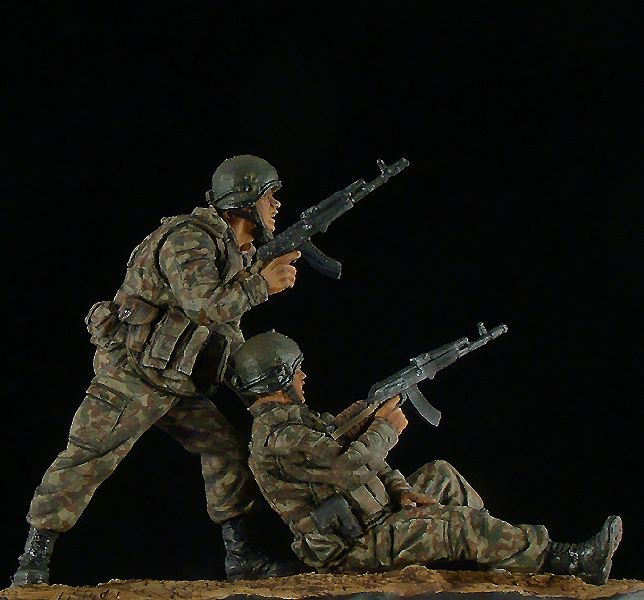 Russian Spetsnaz Photo Russiansoldier001: Unpainted Kit 1/35 Officers Of Spetsnaz Of Russia Soldier