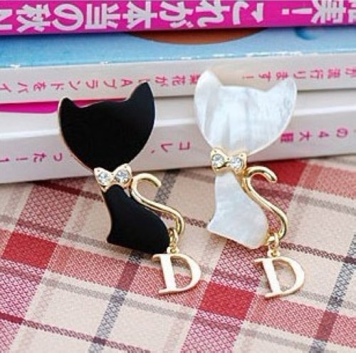 Min.order is $15 (mix order) Hot Sell fashion Lovely Cat Bowknot  Brooch Hot Sell