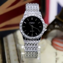 2019 New Stainless Steel Quartz Watch Scale Dial Black And White Casual Fashion Personality Trend Mens Watches