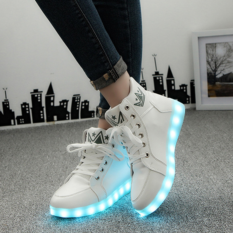 Winter LED Luminous Shoes For Women Fashion Light Up Led Shoes Unisex White Black High Top Casual Growing Shoes Size 37-46 size 36 43 led shoes glowing 7 colors led women fashion luminous led light up shoes for adults
