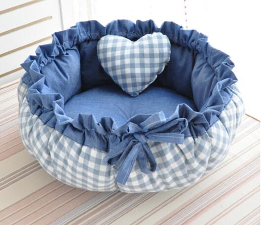 Princesa Style Sweety Pet Dog Bed Cat Bed House Cojín Kennel Pens Sofá Con Almohada Saco de dormir Cálido Nueva Llegada 1PC