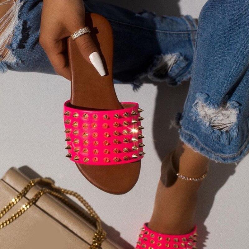 Women Rivet Slippers Flat Casual Ladies Slides Open Toe Outside Metal Decoration Soft Beach Shoes Summer Female Footwear 2020 3