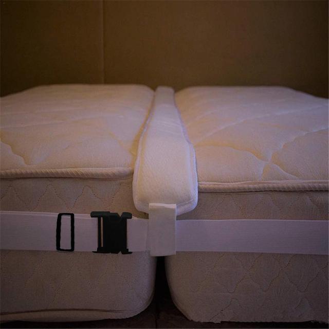 Kit de convertisseur pont de lit   Pont de lit, remplisseur despacement de lit pour faire des lits jumeaux en connecteur de matelas King pour les invités