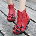 Nueva Llegada de 2017 Mujeres de La Manera del Otoño Y Del Verano Del Cuero Genuino Botas Hechas A Mano de La Flor de La Vendimia de Tobillo Botines Zapatos Mujer