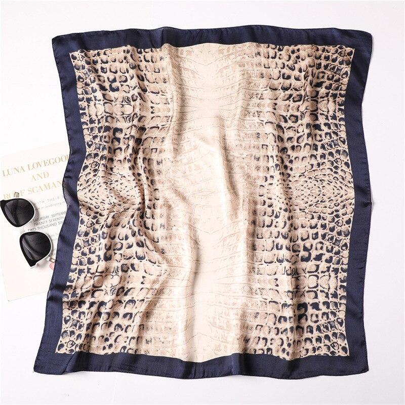 Luxury Brand 2019 New Fashion Summer Silk Square Scarf Women's Scarf