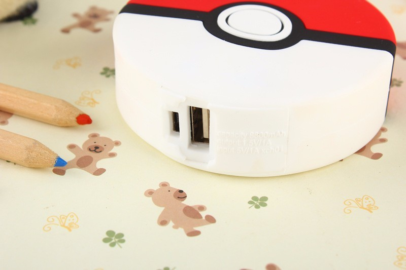 2600mah-Pokemons-GO-Power-Bank-Pokeball-Power-Bank-PVC-Phone-Charge-Power-Bank-Cartoon-3D-External (4)