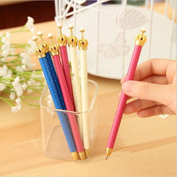 5PCS/lot Hot Sale High Quality 0.5mm Blue Ink Gel Ballpoint Pen Lovely Crown Smooth Retractable Sign Pen School Office Supplies
