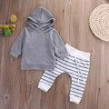 2 unids 2016 Nuevo otoño niña bebé ropa de Los Muchachos set Newborn Baby Girl Boy Cálido Abrigo Con Capucha Tops + Pants conjuntos Conjuntos