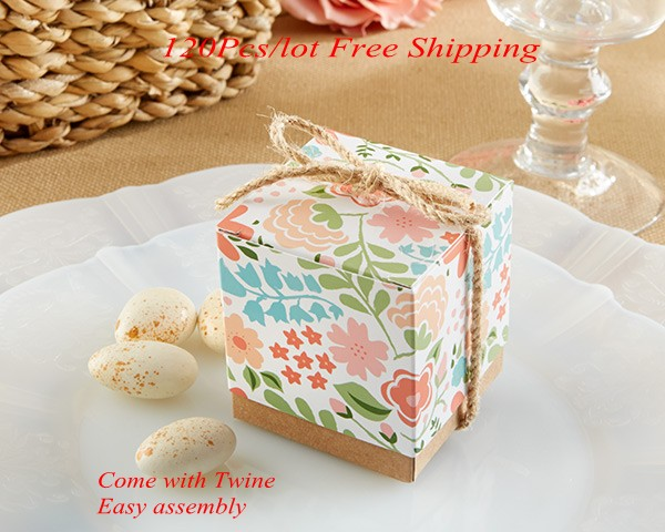 Retro Wedding Gifts: Elegant Wedding Gift Box Of Colorful Floral Design Vintage