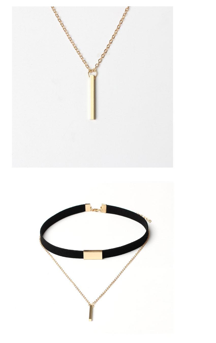 black-velvet-chocker-necklace-with-gold-chain-bar-1