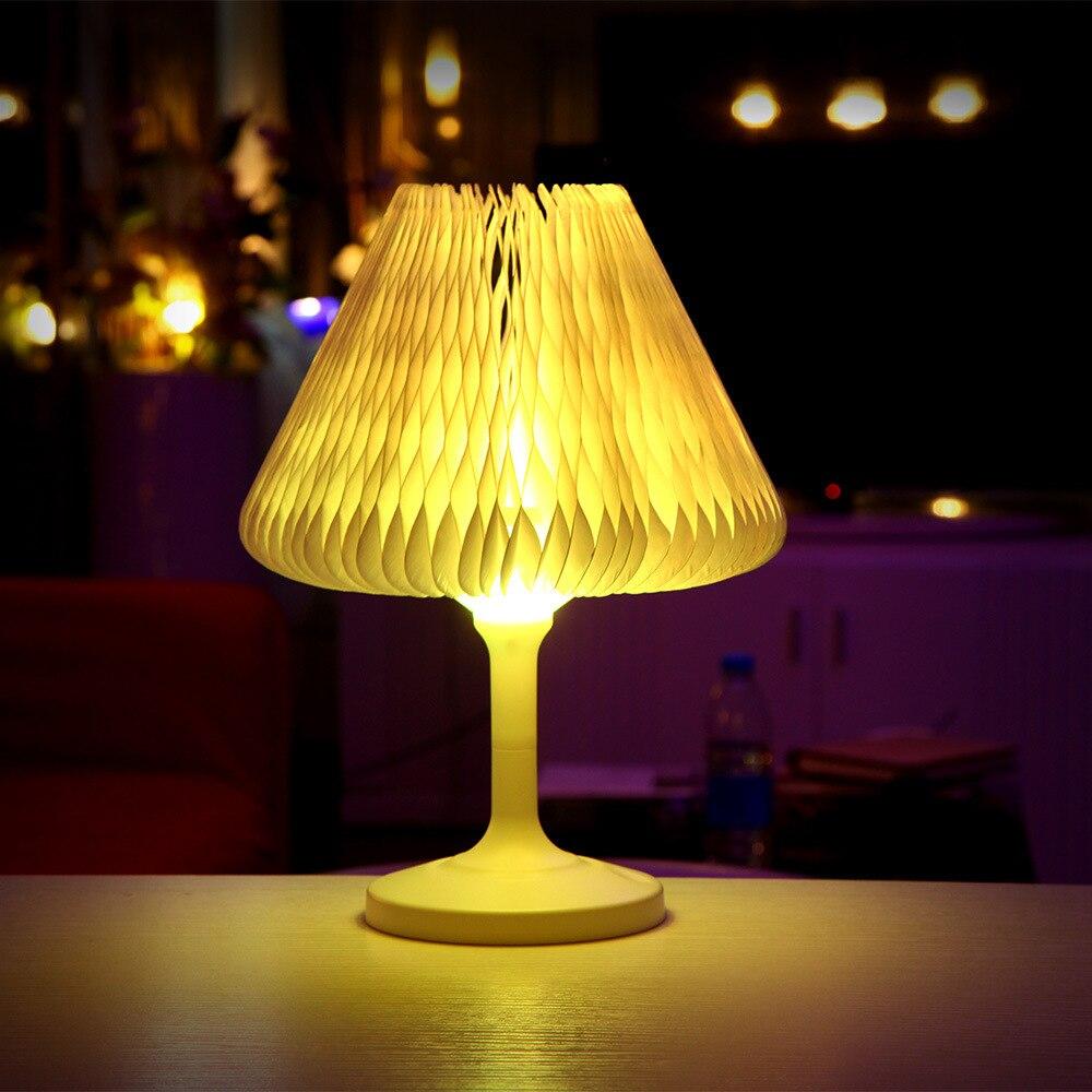 Creative Coloré Variable Mini Usb De Charge Protection Des Yeux Lampe de Bureau Chambre Lampe De Chevet lumière de Nuit D'anniversaire Cadeau bureau