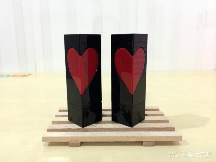 free shipping 3ml 12.1mm 10/20/5opcs/lot black  high-grade lipstick tube with Red heart-shaped, cuboid empty Lip balm container free shipping 5ml pp pro environment material all white lipstick tube lip balm container with rotating flat cover