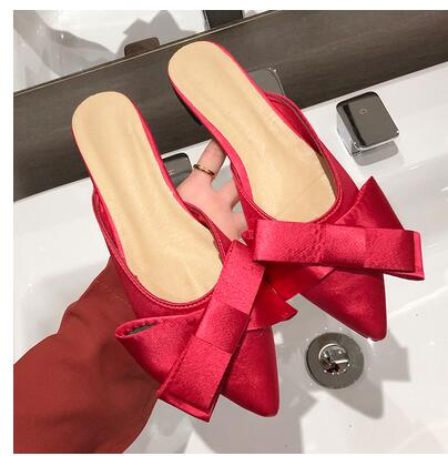 2019 Summer Female Shoes low-heeled flat-bottomed Lazy People Wear Bowknot Sweet Pointed Baotou Semi-slippers Womens Shoes2019 Summer Female Shoes low-heeled flat-bottomed Lazy People Wear Bowknot Sweet Pointed Baotou Semi-slippers Womens Shoes