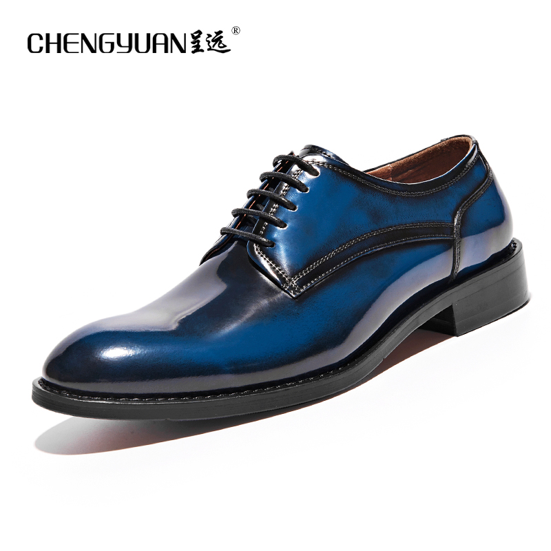 Men natrual genuine Leather business shoes for mens flats lace up black red blue Casual Leather men Shoes party wedding Shoes shiny slim black gold red flats shoes mens casual shoes genuine leather mens outdoor shoes ankle boots