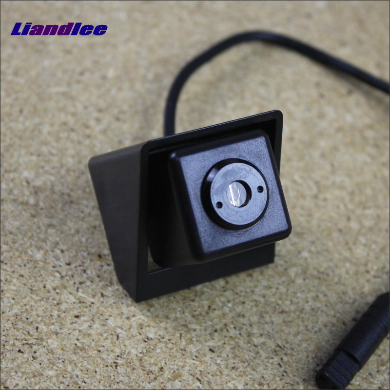 Liandlee Anti Collision Laser Lights For Ssangyong Korando 2010 ~2015 Car Prevent Mist Fog Lamps Anti Haze Warning Rear Light car tracing cauda laser light for volkswagen vw jetta mk6 bora 2010 2014 special anti fog lamps rear anti collision lights