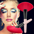 Red Makeup Brushes New Fan Shaped Pro Makeup Brush Nature Blending Highlighter Contour Face Powder Brush Female Cosmetics Tool