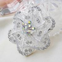 Hot Sale New Fashion Rhinestone Silver Flower Exquisite Wedding Bridal Brooch Delicate Cheap Brooches For Wedding
