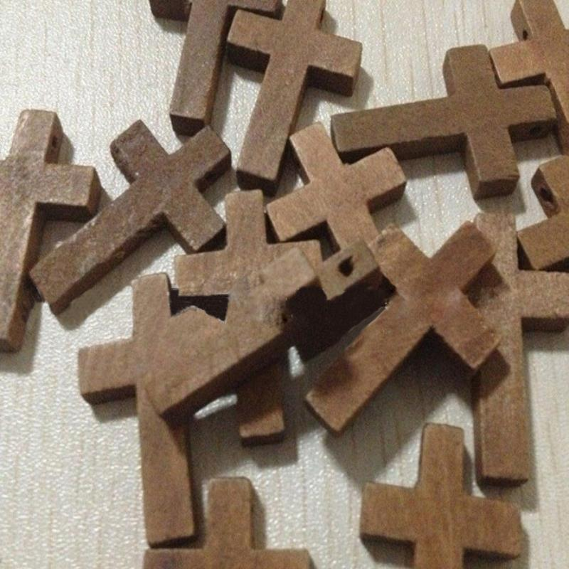 20pcs / lot 2 * 3cM Cross ხის მძივები Jesus Pendant Charms მცირე ხვრელი მძივის სამკაულები რელიგიური ყელსაბამი სამაჯურის აქსესუარები