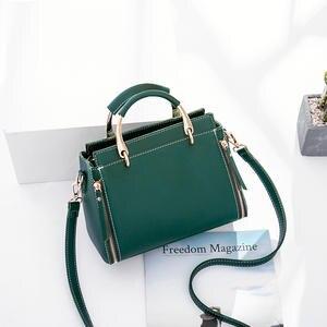 4d35cd346cc5 2018 New Arrival Casual Tote Women Handbags   Crossbody Bags Luxury Handbags  Women Bags Designer Shoulder Bags Bolsa Feminina