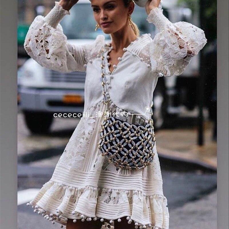 Marque de luxe 2019 haute qualité femmes blanc robe à manches longues Boho dentelle motif évider robe robes col en v dame Mini-robe