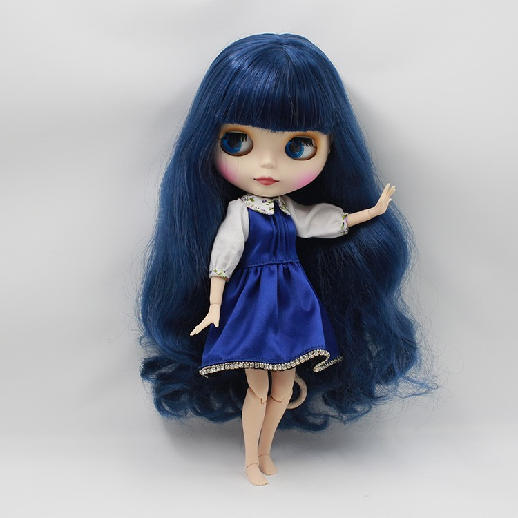 Neo Blythe Doll with Blue Hair, White Skin, Matte Face & Jointed Body 3