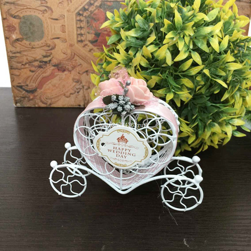 50 sztuk Love Heart pudełka cukierków ślub na rzecz romantyczny Cinderella przewozu pudełka czekoladek ślub Birthday Party kwiat wystrój w Torby na prezenty i przybory do pakowania od Dom i ogród na  Grupa 1