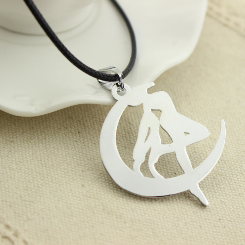 Hot Sales Fashion Anime Accessaries Sailor Moon Tsukino Usagi Moon Stick Cosplay Women Pendant Necklace Free Shipping Wholesale