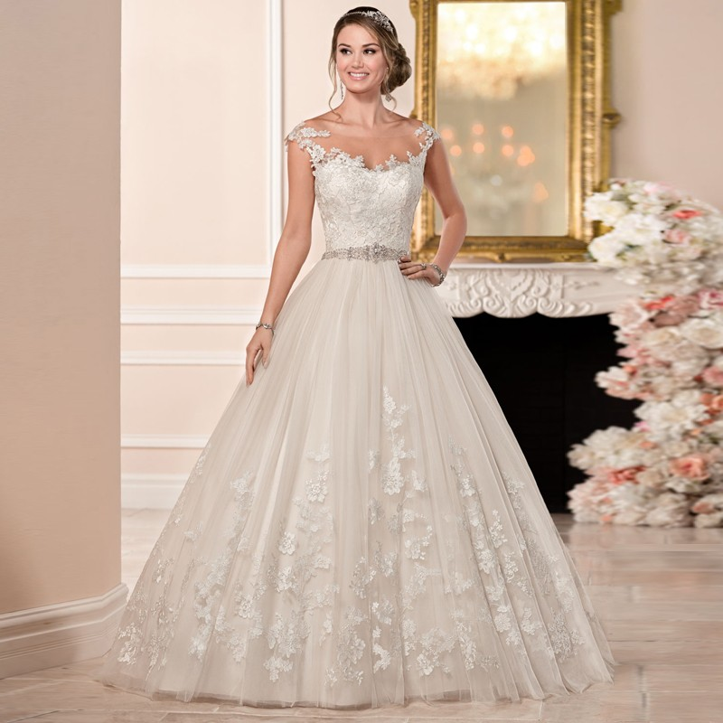 white designer bridal gown with crystal beading customized vestidos plus size tulle ball gown wedding dress