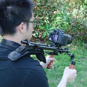 Image 4 - Camvate dslr câmera/filmadora ombro rig com almofada de ombro montagem & tripé placa de montagem & arri roseta dupla haste braçadeira & handgrip