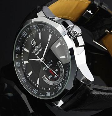 Prix pour 2015 Brand New men 's automatique montre mécanique Date With bracelet en cuir noir & Dial bateau libre