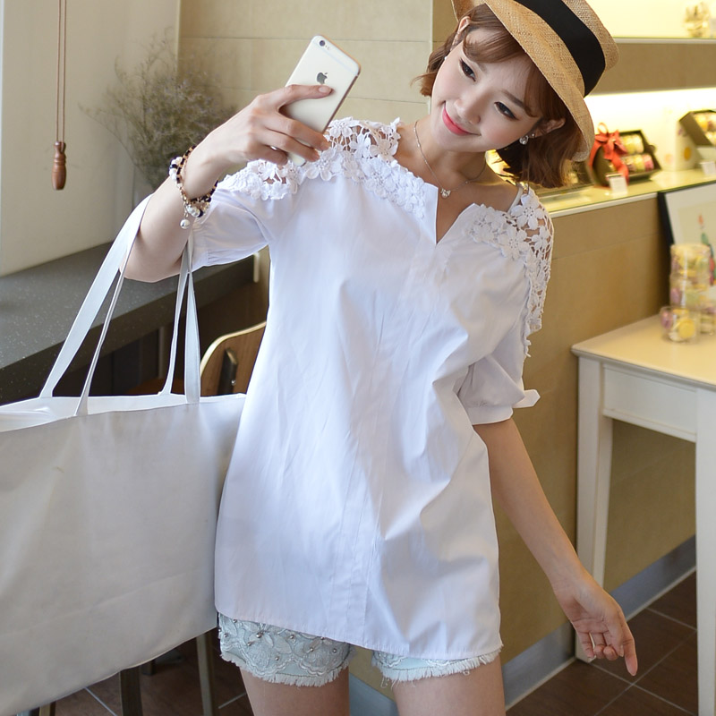 c89be346a51 Size XXXXXL 2018 Summer White Black Shirts Women Tops Hollow Out Flowers  Cotton Lace Blouse Korean Fashion Plus Size 5XL T81902A-in Blouses   Shirts  from ...