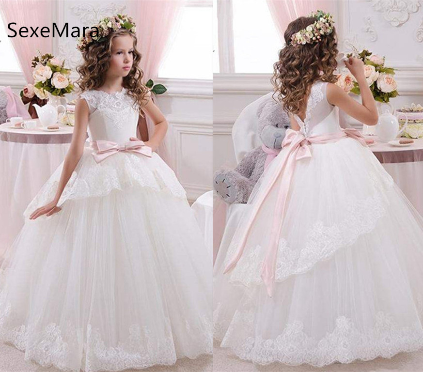 2019 White Lace Girls First Communion Dress Ball Gown with Ribbon O Neck Flower Girls Dresses for Wedding Birthday Party Gown стоимость
