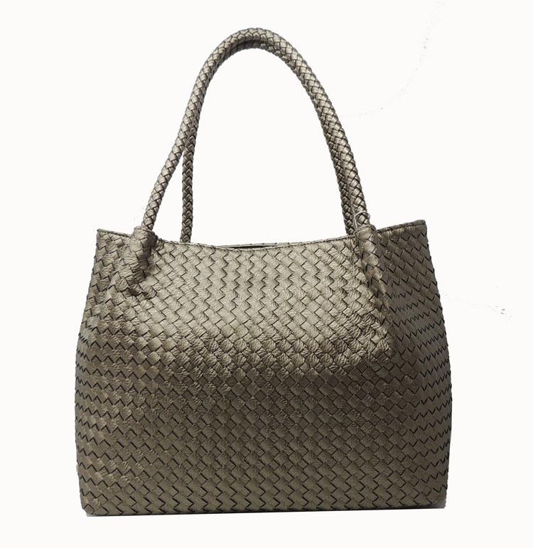 Europe and the United States popular hand-woven women's bag star models shoulder bag complex sheepskin vertical handbag