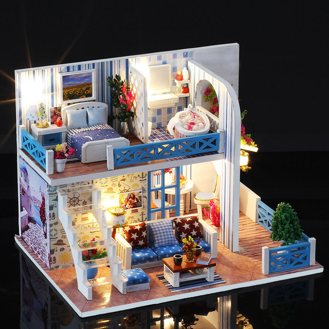 Lovely 2 Layer Miniature Wood Doll House