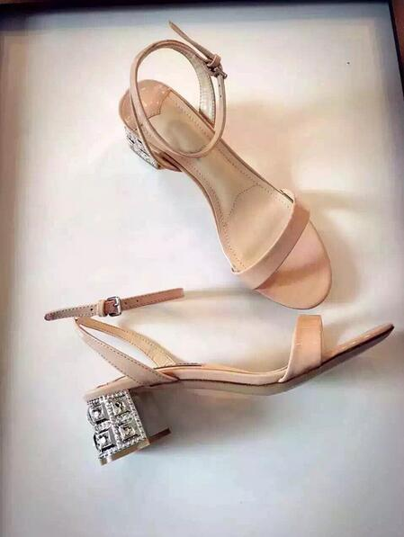 ФОТО Cheap Price Branded Nude Black Patent Leather Crystal Sandals Cut-out Ankle Strap Thick Heel Gorgeous Crystal Sandal Woman