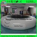 Mejor calidad 0.9mm PVC inflable agua trampolín con expedidores de parque acuático juegos del juguete