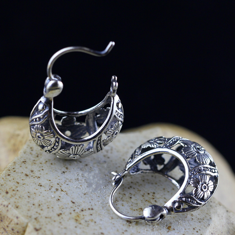Accessories wholesale Thai silver Earrings hand carve patterns designs on woodwork for women to restore ancient ways ear clip thailand hollow out carve patterns or designs on woodwork restoring ancient ways is pure silver key pendant