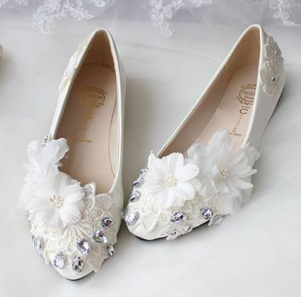 ФОТО Plus size 34-42 womens wedding shoes flats flower lace pattern handmade ladies parties dance ballets shoes TG421 on sales