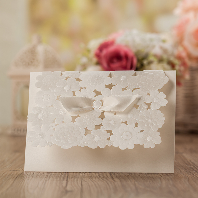 2016 New Laser Cut Wedding Invitations Blank Cards Pearl Paper Invitation Card Party Supply Stock