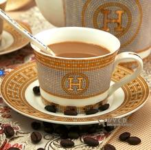 Наборы кофейных чашек и блюдец