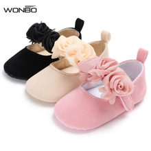 ac11c4366307 new fall flower style cotton farbic baby moccasin shoes baby girl princess  dress shoes mary jane cute baby shoes 0-18M